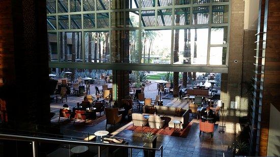 Hyatt Regency Scottsdale Resort and Spa at Gainey Ranch: Lobby bar