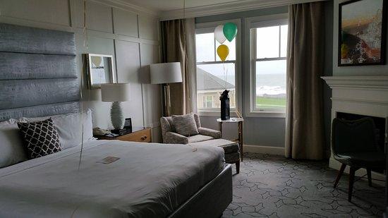 The Ritz-Carlton, Half Moon Bay: King bed