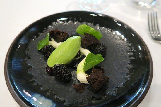 Dunkeld, Australia: Blackberry Panforte