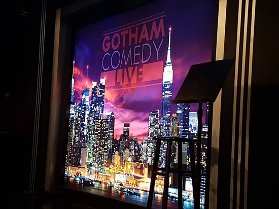 Gotham Comedy Club : Highlight of NY nightlife. Laughed so much, starstruck seeing Jim Gaffigan and Jerry Seinfeld! F