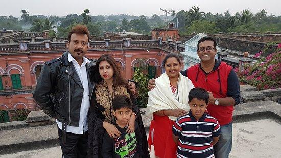 Itachuna Rajbari: Our photo on the terrace