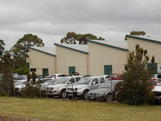 Tyabb, Australien: Main Packing House building and car park