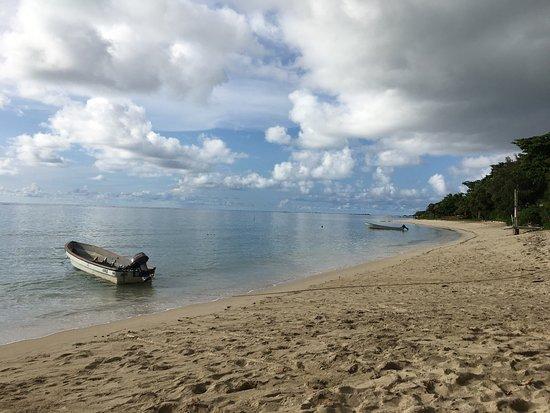 Blue Lagoon Beach Resort: photo1.jpg