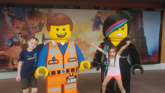 LEGOLAND Florida Resort: My niece and nephew with Lego movie characters