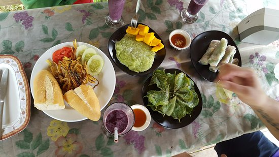 Organic Mulberry Farm Restaurant: Fresh and organic food