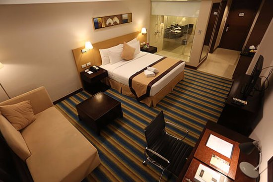 Luxent Hotel: Deluxe Room - 38 sqm