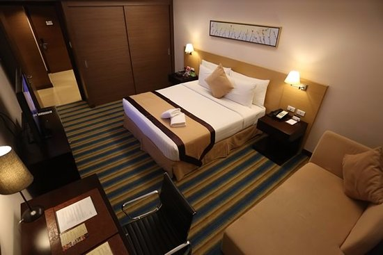 Luxent Hotel: Executive Suite - 49 sqm
