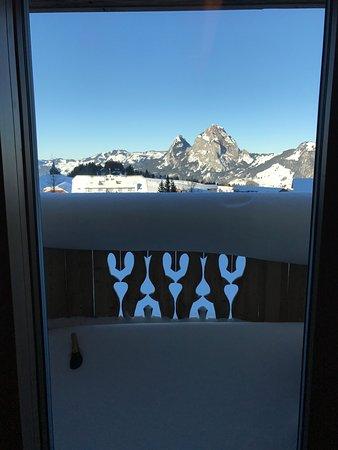 Stoos, Swiss: Aussicht aus dem Fenster.