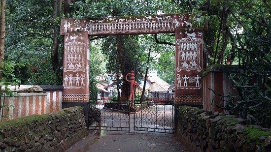 Koraput, India: Worli art entrance