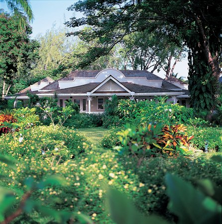 Holetown, Barbados: Exterior of Luxury Cottage