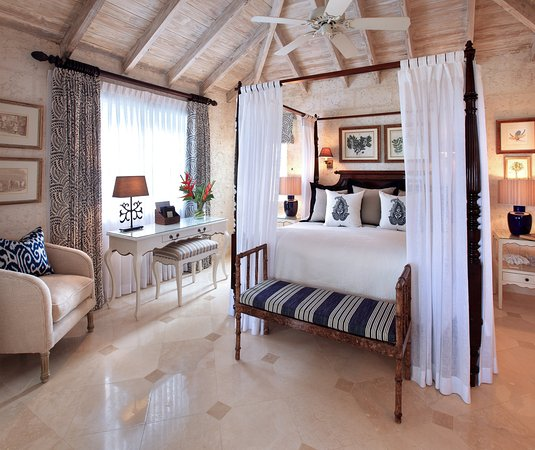 Holetown, Barbados: Luxury Plantation Suite Bedroom
