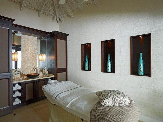 Holetown, Barbados: Treatment Room
