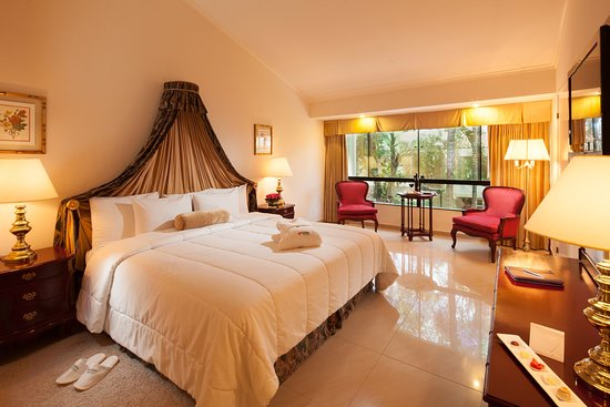 Los Tajibos Hotel & Convention Center: EXECUTIVE SUITE