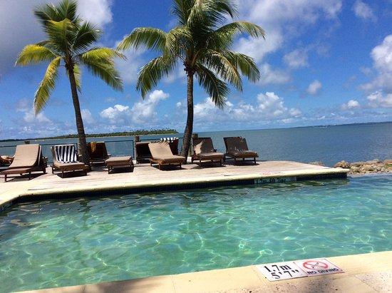 Sheraton Denarau Villas: Beachside pool