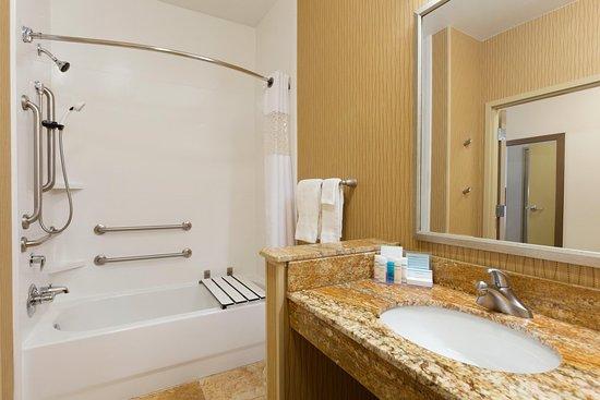 Hampton Inn Zanesville Updated 2017 Hotel Reviews Price Comparison Oh Tripadvisor