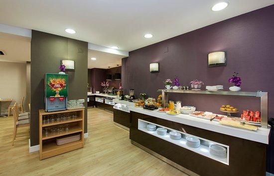 Hotel Apartamentos Pyr Fuengirola (Costa del Sol) - [2018] Reviews ...