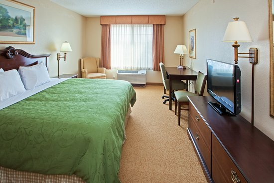 Country Inn & Suites By Carlson, Indianapolis Airport South, IN: CISIndianapolis Airport Standard King