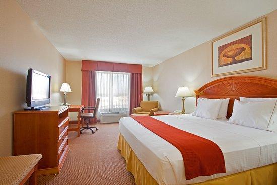 โลแกนสปอร์ต, อินเดียน่า: King Bed Guest Room
