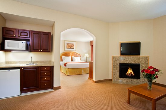 Logansport, IN: Executive Suite