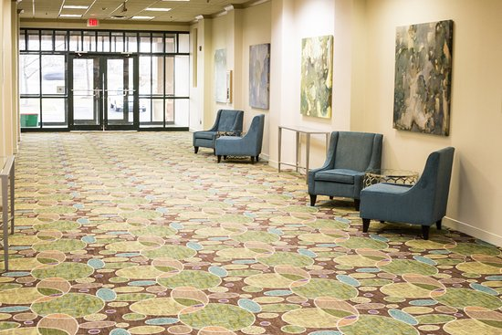 Holiday Inn Bolingbrook: Pre-function Area