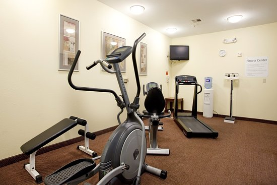 Holiday Inn Express & Suites- Sulphur (Lake Charles): Fitness Center-Ab/Elliptical Machine, Treadmill, Bike,Free Weights