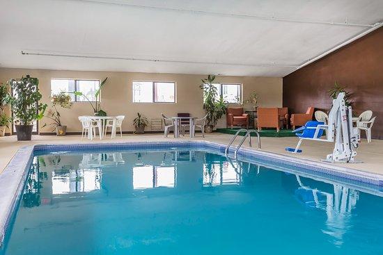Mount Vernon, إلينوي: Pool