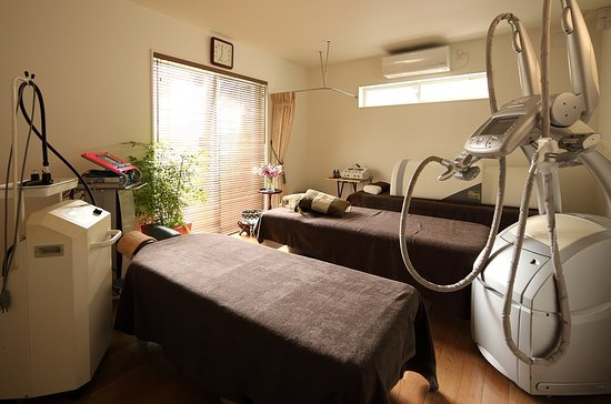 ‪Massage & Acupuncture Moxibustion Clinic Olive‬
