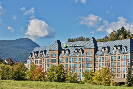 Holiday Inn Hotel & Suites North Vancouver: Welcome to the Holiday Inn and Suites North Vancouver