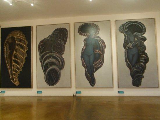 Museo Zacatecano: En el último modulo algo de arte abstracto de artistas zacatecanos