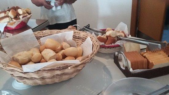 Expressão ''pão duro'' em inglês dicas
