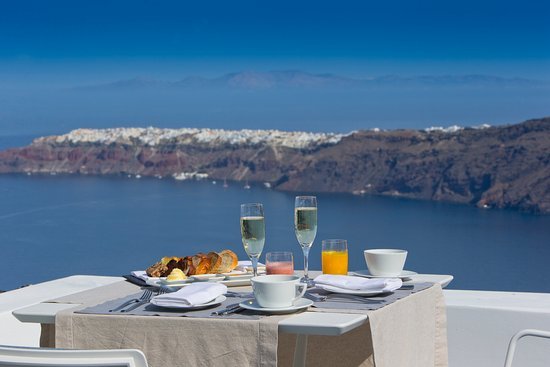 Grace Santorini Hotel: Breakfast with a view
