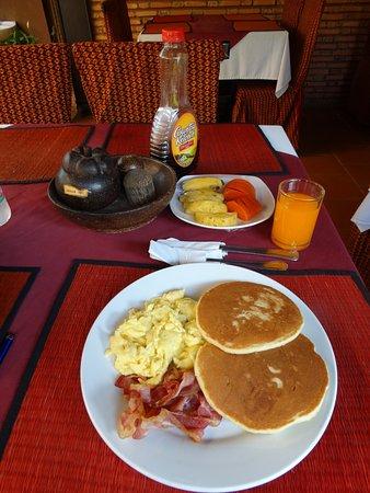 Shining Angkor Boutique Hotel: Breakfast