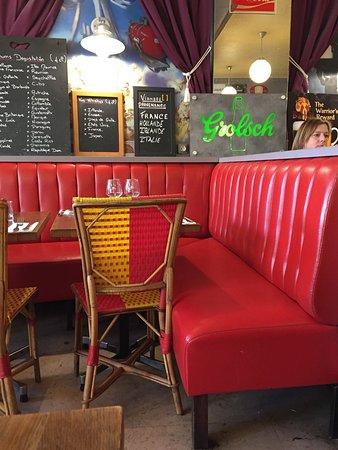 Exterieur quai parijs restaurantbeoordelingen tripadvisor for Exterieur quai