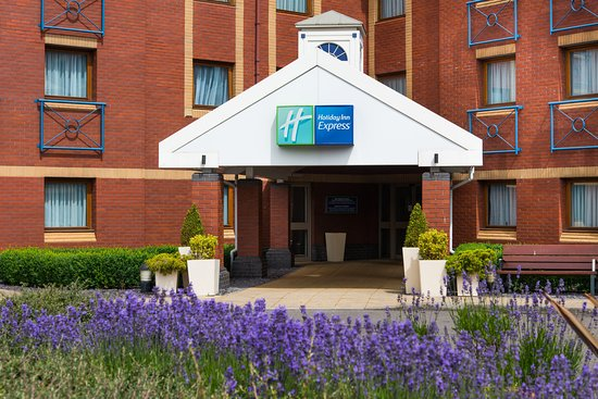 Holiday Inn Express Bristol - North