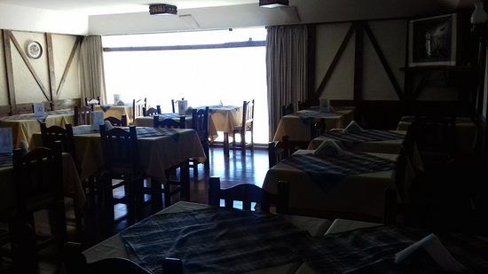 Hotel Chamonix: buffet, lugar donde se desayuna