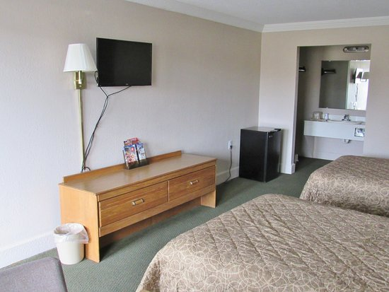 Somerset, KY: Two Double Beds