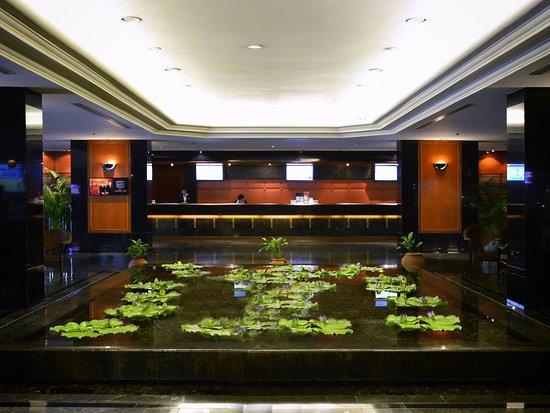 Bangkok Hotel Lotus Sukhumvit: Exterior