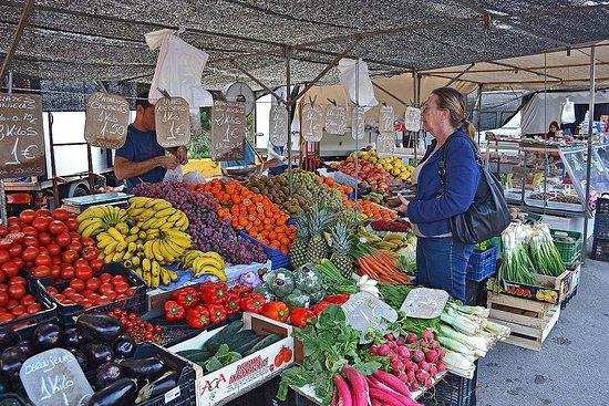 Coín, España: The market.