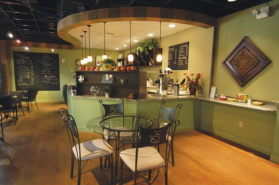 The Bistro At Miromar Design Cetner Center Located In Estero