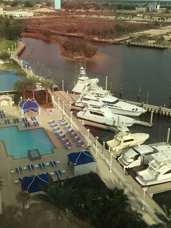 Palace Casino Resort: View from the 10th floor overlooking the pool and marina