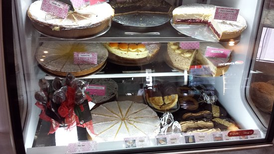 JB's German Bakery and Cafe: 20160126_092425_large.jpg