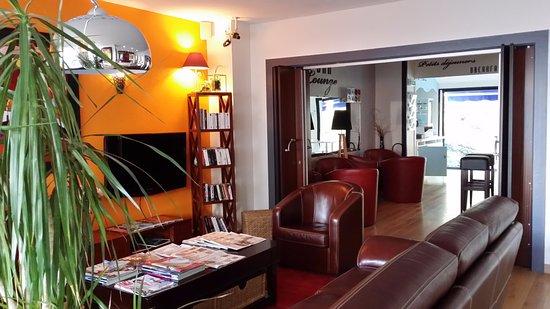 Inter Hotel Les Océanes : Espace Salon