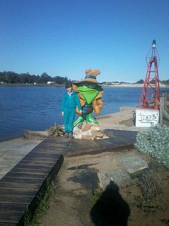 Ciudad de la Costa, Уругвай: se encuentra en el km 50 de la interbalnearia entre el arroyo y la playa rambla para el descanso