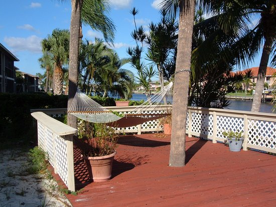 Pool - Picture of Hideaway Waterfront Resort & Hotel, Cape Coral - Tripadvisor