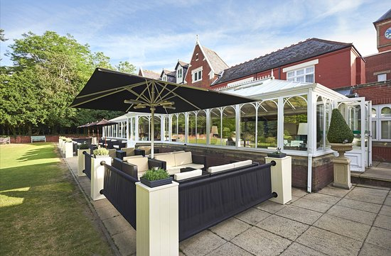 Hotels Near Wokingham Train Station