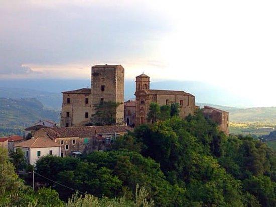 Rosciano, Italie: Torre e Palazzo de Felice