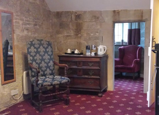 Madeley, UK: Gatehouse 2 room with snug