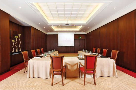 InterContinental Mzaar Mountain Resort & Spa: Meeting Room