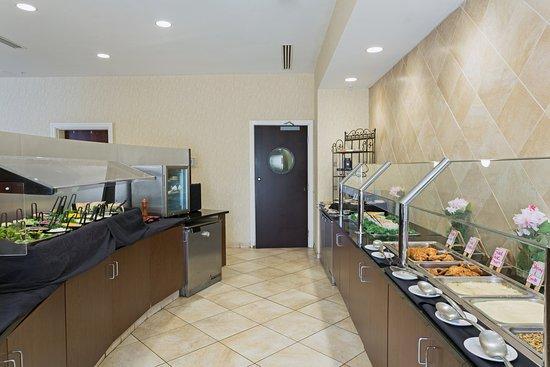 Holiday Inn Statesboro University Area: Exclusive Full-Service Holiday Inn Hotel in Statesboro