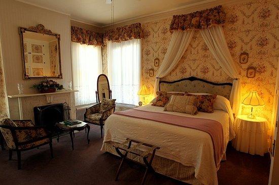 Pinehill Inn : Rose room